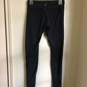 Reversible black lululemon leggings